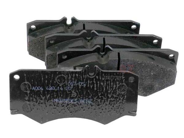 Mercedes-Benz Genuine Brake Pads 0084204020-فحمات فرامل أمامي